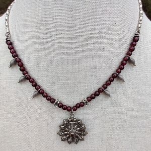 Vintage sterling garnet necklace